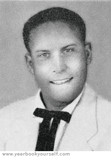 YearbookYourself_1956