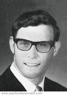 YearbookYourself_1962